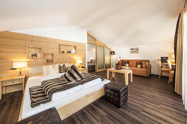 Bagno In Camera Con Vetrata : Camere e suite dellhotel valpudra ***s selva di val gardena